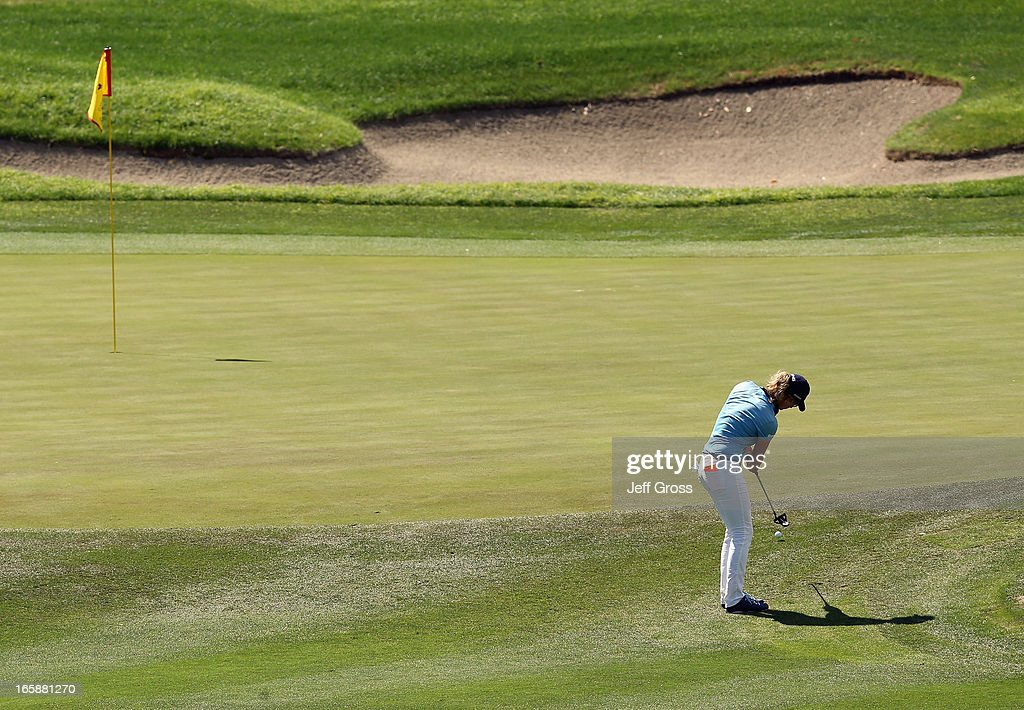 <a gi-track='captionPersonalityLinkClicked' href=/galleries/search?phrase=Giulia+Sergas&family=editorial&specificpeople=2475241 ng-click='$event.stopPropagation()'>Giulia Sergas</a> of Italy hits a putt to the sixth green during the third round of the Kraft Nabisco Championship at Mission Hills Country Club on April 6, 2013 in Rancho Mirage, California.