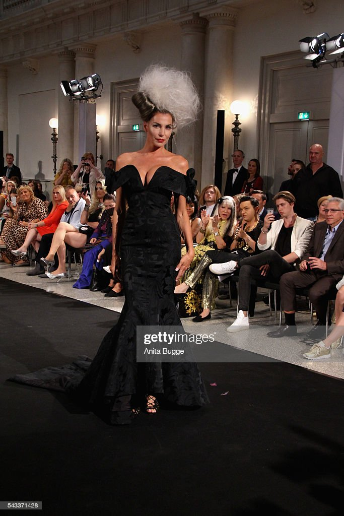 <a gi-track='captionPersonalityLinkClicked' href=/galleries/search?phrase=Giulia+Siegel&family=editorial&specificpeople=2528114 ng-click='$event.stopPropagation()'>Giulia Siegel</a> walks the runway during the fashion staging of the fairy tale 'Die zertanzten Schuhe' by Harald Gloeoeckler at Hotel de Rome on June 27, 2016 in Berlin, Germany.