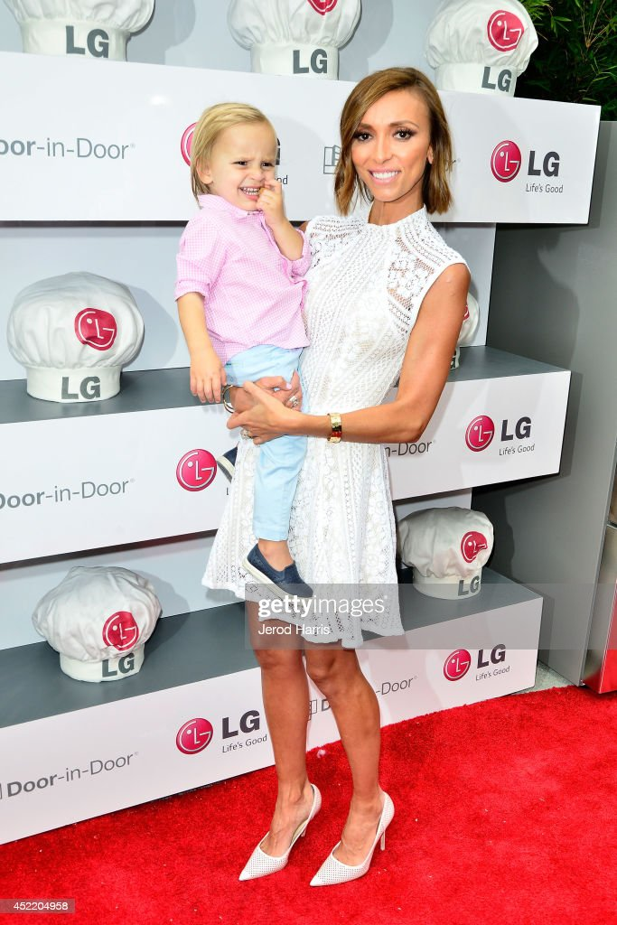 <a gi-track='captionPersonalityLinkClicked' href=/galleries/search?phrase=Giuliana+Rancic&family=editorial&specificpeople=556124 ng-click='$event.stopPropagation()'>Giuliana Rancic</a> and son Duke attend LG and Chef Sandra Lee Host LG Junior Chef Academy to celebrate the launch of the Door-in-Door Refrigerator with CustomChill, Benefiting No Kid Hungry at The Washbow on July 15, 2014 in Culver City, California.