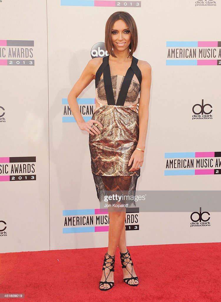 Giuliana Rancic arrives at the 2013 American Music Awards at Nokia Theatre L.A. Live on November 24, 2013 in Los Angeles, California.