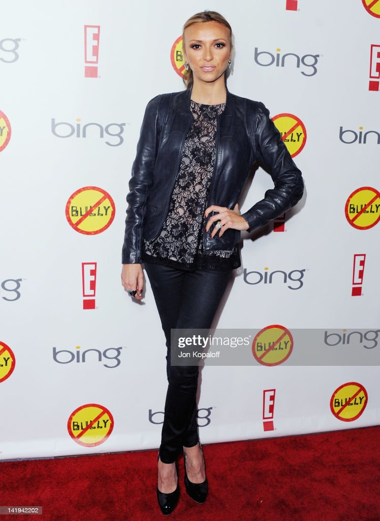 <a gi-track='captionPersonalityLinkClicked' href=/galleries/search?phrase=Giuliana+Rancic&family=editorial&specificpeople=556124 ng-click='$event.stopPropagation()'>Giuliana Rancic</a> arrives at the Los Angeles Premiere 'Bully' at Mann Chinese 6 on March 26, 2012 in Los Angeles, California.