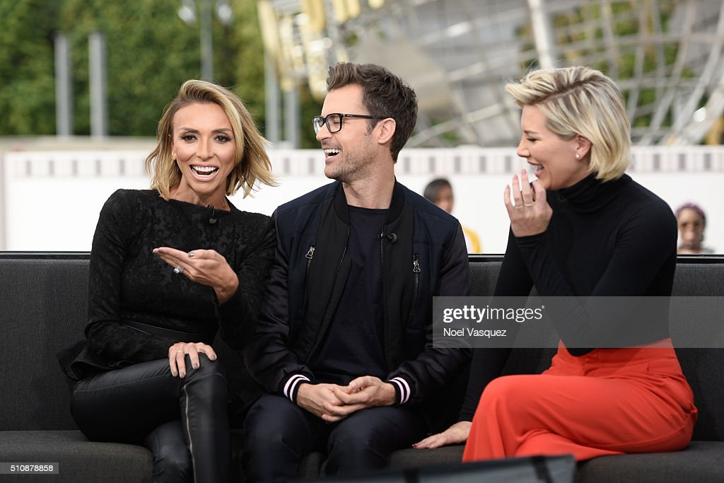 Giuliana Rancic, Brad Goreski and Charissa Thompson visit 'Extra' at Universal Studios Hollywood on February 17, 2016 in Universal City, California.