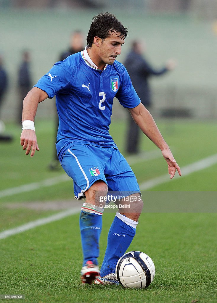 Giulio Donati of Italy U21 in action during the friendly match between Italy U21 and Rappresentativa Serie B at Stadio Libero Liberati on December 18, 2012 in Terni, Italy.