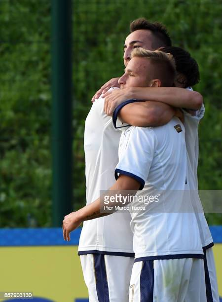 Giuseppe Antonio Panico of Italy U20 celebrates his first goal with his teamates during the 8 Nations Tournament match between Italy U20 and England...