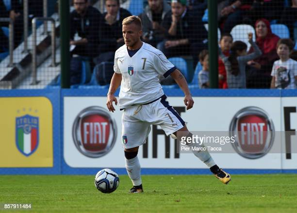 Giuseppe Antonio Panico of Italy U20 in action during the 8 Nations Tournament match between Italy U20 and England U20 on October 5 2017 in...