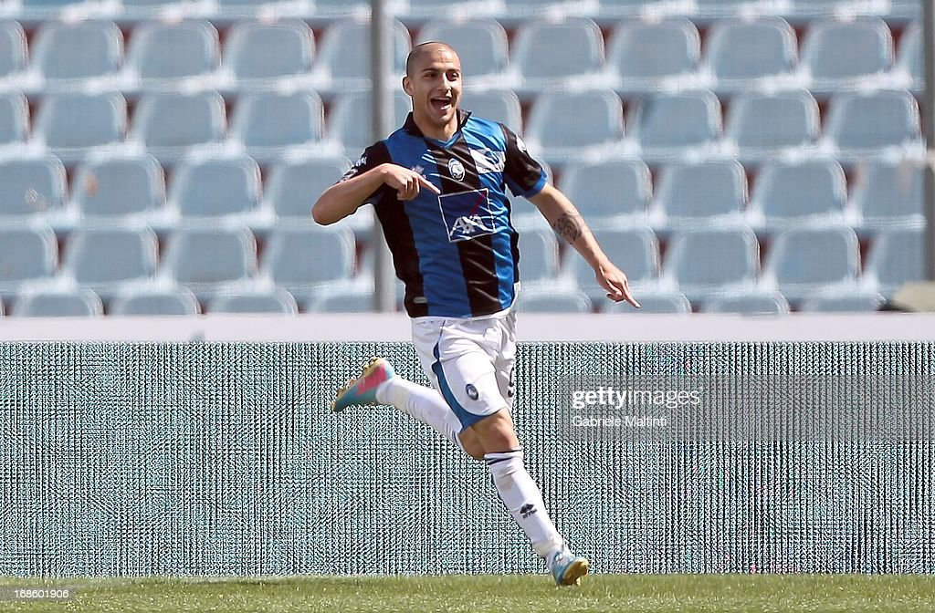 Giuseppe De Luca of Atalanta Bc celebrates after scoring a goal during the Serie A match between Udinese Calcio and Atalanta BC at Stadio Friuli on May 12, 2013 in Udine, Italy.