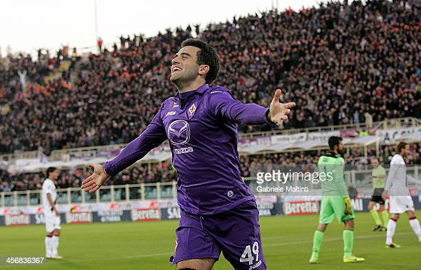 Giuseppe Rossi of ACF Fiorentina celebrates after scoring a goal during the Serie A match between ACF Fiorentina and Bologna FC at Stadio Artemio...