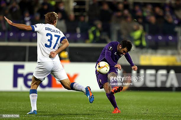 Giuseppe Rossi of ACF Fiorentina in action during the UEFA Europa League match between ACF Fiorentina and Os Belenenses on December 10 2015 in...