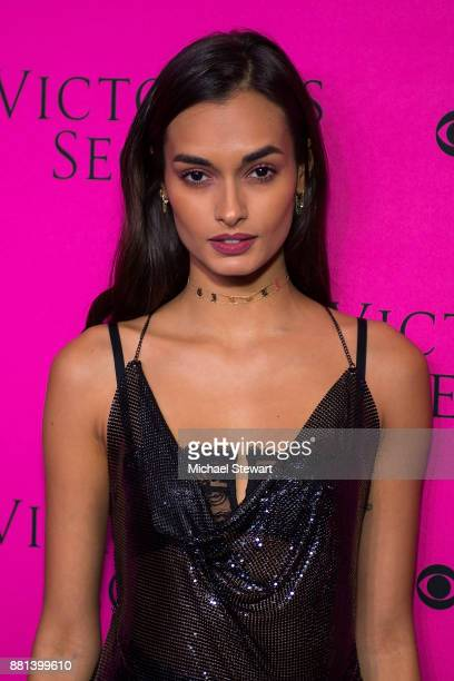 Gizele Oliveira attends the 2017 Victoria's Secret Fashion Show viewing party pink carpet at Spring Studios on November 28 2017 in New York City