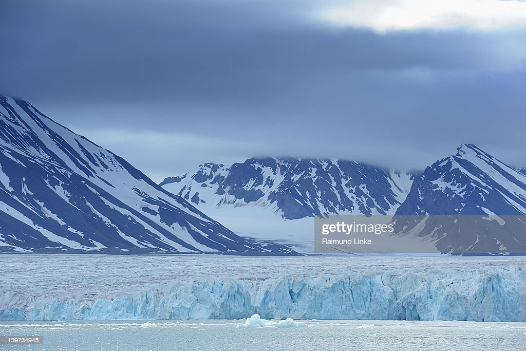 Glacier and Mountains : Stock Photo