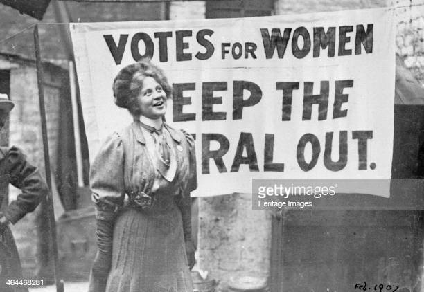 Gladice Keevil campaigning at the Manchester North West byelection Lancashire 1908 The suffragettes were determined to defeat Winston Churchill the...