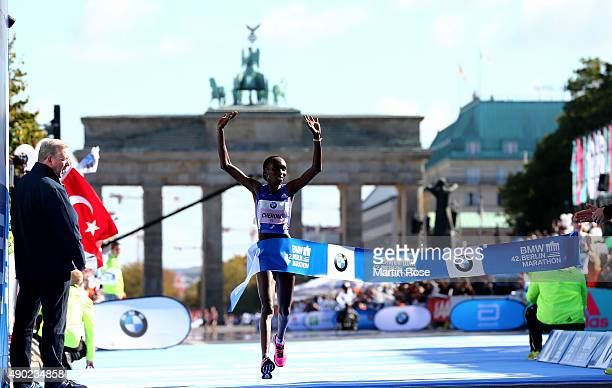 Gladys Cherono of Kenia celebrates after winning the 42nd BMW Berlin Marathon during the 42nd BMW Berlin Marathon on September 27 2015 in Berlin...