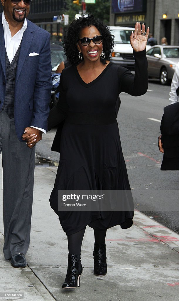 <a gi-track='captionPersonalityLinkClicked' href=/galleries/search?phrase=Gladys+Knight&family=editorial&specificpeople=169894 ng-click='$event.stopPropagation()'>Gladys Knight</a> arrives for the 'Late Show with David Letterman' at Ed Sullivan Theater on August 28, 2013 in New York City.