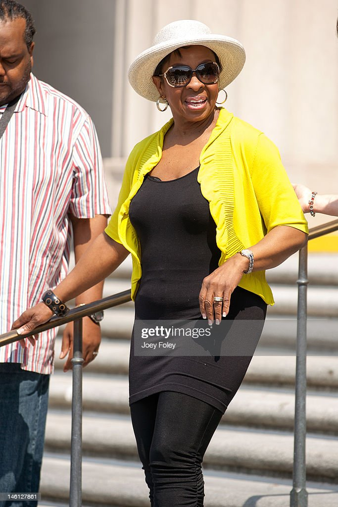 <a gi-track='captionPersonalityLinkClicked' href=/galleries/search?phrase=Gladys+Knight&family=editorial&specificpeople=169894 ng-click='$event.stopPropagation()'>Gladys Knight</a> attends the IPL 500 Festival Parade at on May 26, 2012 in Indianapolis, Indiana.