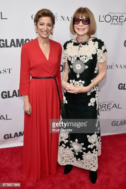 Glamour Magazine Editor in Chief Cindi Leive and Anna Wintour attend Glamour's 2017 Women of The Year Awards at Kings Theatre on November 13 2017 in...