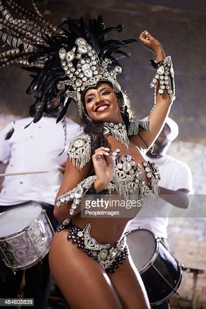 Glamourous dancing queen!