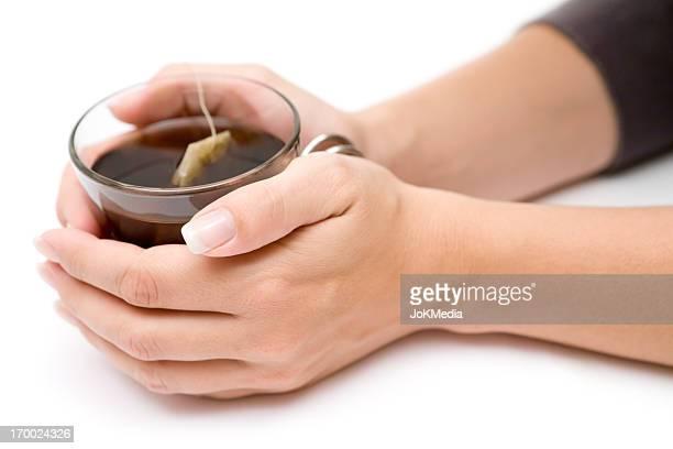 Glas Tee in Ihre Hände