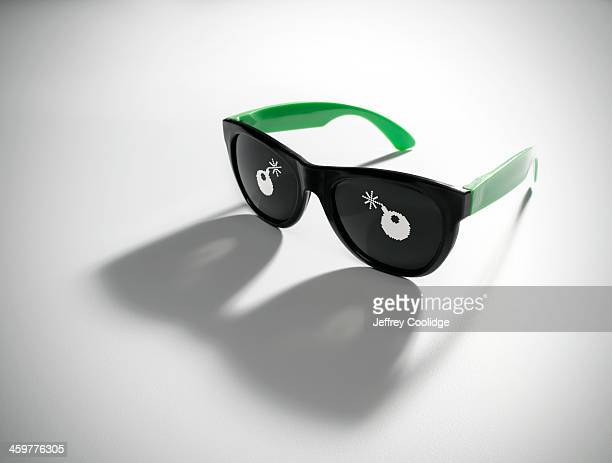 Glasses WIth Bomb Icon