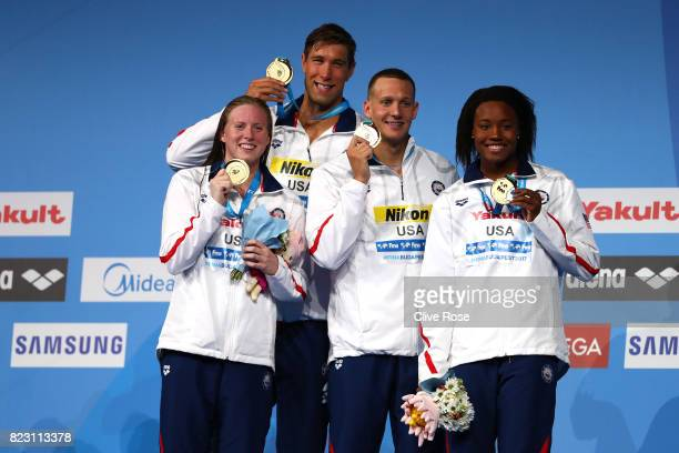 Gld medalists The United states pose with the medals won during the Mixed 4x100m Medley Relay final on day thirteen of the Budapest 2017 FINA World...