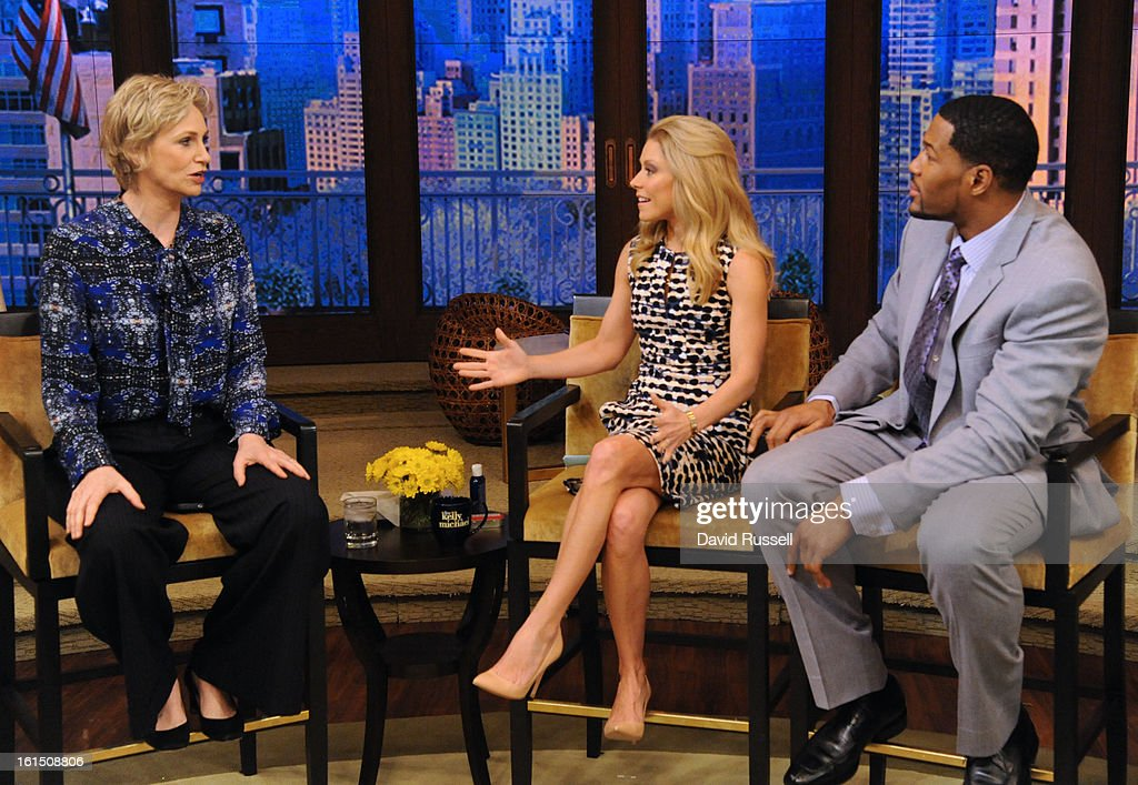 MICHAEL - 2/11/13 - 'Glee' star JANE LYNCH visits today on LIVE! with Kelly and Michael,' distributed by Disney-ABC Domestic Television. JANE