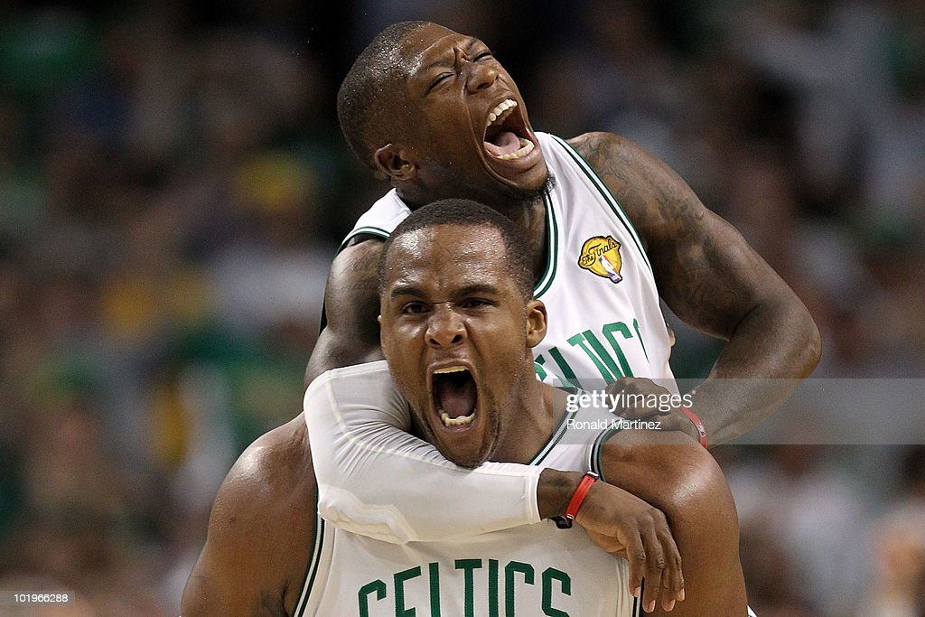 <a gi-track='captionPersonalityLinkClicked' href=/galleries/search?phrase=Glen+Davis+-+Basketball+Player&family=editorial&specificpeople=709385 ng-click='$event.stopPropagation()'>Glen Davis</a> #11 and <a gi-track='captionPersonalityLinkClicked' href=/galleries/search?phrase=Nate+Robinson&family=editorial&specificpeople=208906 ng-click='$event.stopPropagation()'>Nate Robinson</a> #4 of the Boston Celltics react in the fourth quarter against the Los Angeles Lakers during Game Four of the 2010 NBA Finals on June 10, 2010 at TD Garden in Boston, Massachusetts.