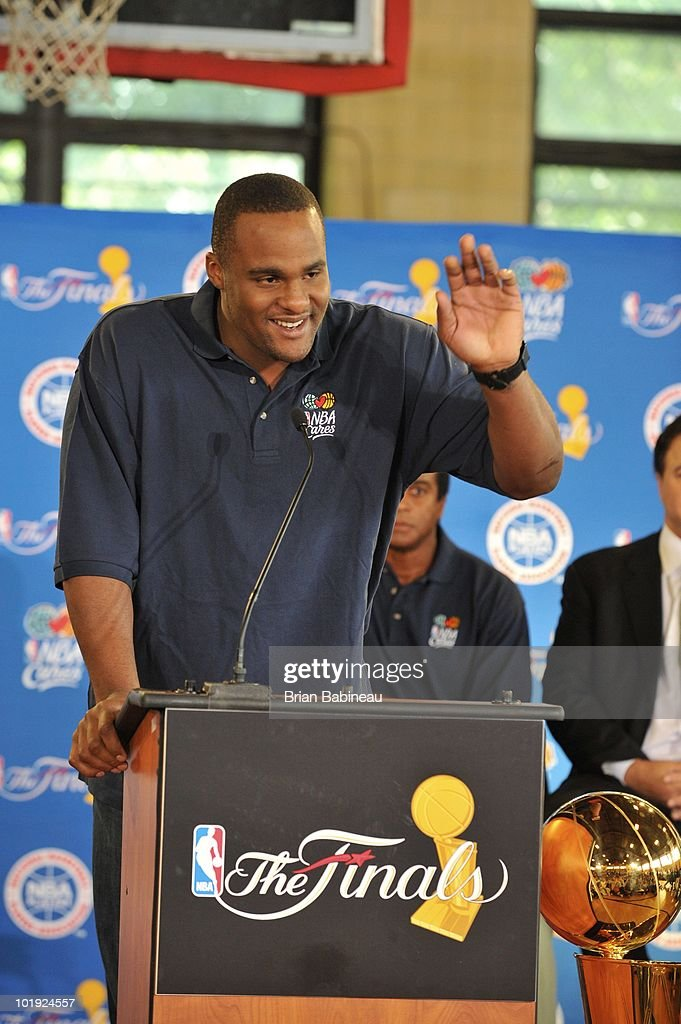 <a gi-track='captionPersonalityLinkClicked' href=/galleries/search?phrase=Glen+Davis+-+Basketball+Player&family=editorial&specificpeople=709385 ng-click='$event.stopPropagation()'>Glen Davis</a> of the Boston Celtics addresses the members during the unveiling of the Learn & Play Center at the Boston Centers for Youth & Families (BCYF) Tobin Community Center on June 9, 2010 in Boston, Massachusetts.