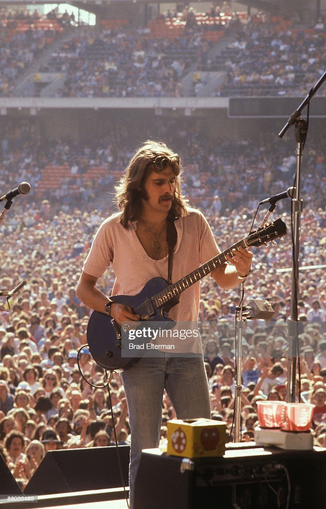 Glen Fry of <a gi-track='captionPersonalityLinkClicked' href=/galleries/search?phrase=The+Eagles&family=editorial&specificpeople=564232 ng-click='$event.stopPropagation()'>The Eagles</a> at Day On The Green concert featuring <a gi-track='captionPersonalityLinkClicked' href=/galleries/search?phrase=The+Eagles&family=editorial&specificpeople=564232 ng-click='$event.stopPropagation()'>The Eagles</a> at Oakland Coliseum May 28, 1977 in Los Angeles, California.**EXCLUSIVE**