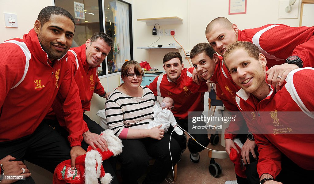 <a gi-track='captionPersonalityLinkClicked' href=/galleries/search?phrase=Glen+Johnson&family=editorial&specificpeople=209192 ng-click='$event.stopPropagation()'>Glen Johnson</a>, <a gi-track='captionPersonalityLinkClicked' href=/galleries/search?phrase=Jamie+Carragher&family=editorial&specificpeople=206485 ng-click='$event.stopPropagation()'>Jamie Carragher</a>, Jack Robinson, <a gi-track='captionPersonalityLinkClicked' href=/galleries/search?phrase=Jon+Flanagan+-+Soccer+Player+-+Born+1993&family=editorial&specificpeople=8957850 ng-click='$event.stopPropagation()'>Jon Flanagan</a>, <a gi-track='captionPersonalityLinkClicked' href=/galleries/search?phrase=Martin+Skrtel&family=editorial&specificpeople=5554576 ng-click='$event.stopPropagation()'>Martin Skrtel</a> and <a gi-track='captionPersonalityLinkClicked' href=/galleries/search?phrase=Peter+Gulacsi&family=editorial&specificpeople=5446277 ng-click='$event.stopPropagation()'>Peter Gulacsi</a> of Liverpool FC visit Alder Hey Children's Hospital on December 12, 2012 in Liverpool, England.