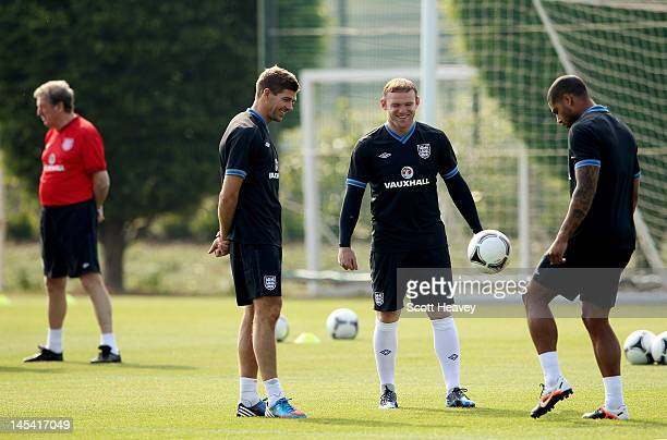 Glen Johons Wayne Rooney and Steven Gerrard during an England Training Session at London Colney on May 29 2012 in London England