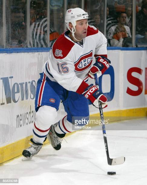 Glen Metropolit of the Montreal Canadiens skates against the New York Islanders on April 2 2009 at Nassau Coliseum in Uniondale New York Canadiens...
