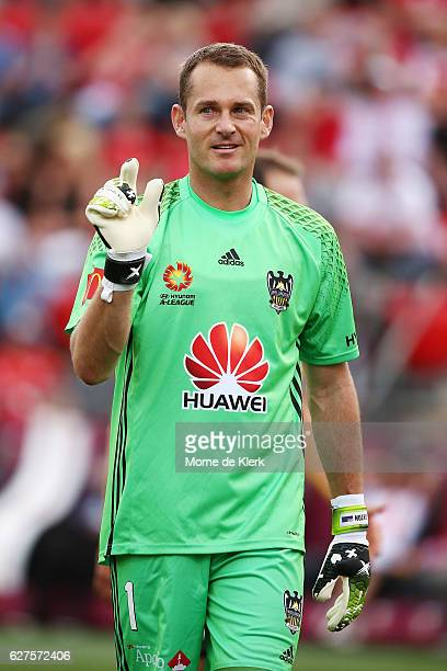 Glen Moss of Wellington Phoenix gestures to the referee during the round nine ALeague match between Adelaide United and the Wellington Phoenix at...