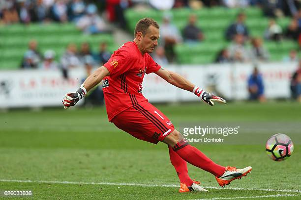 Glen Moss of Wellington Phoenix kicks during the round eight ALeague match between Melbourne City and Wellington Phoenix at AAMI Park on November 27...