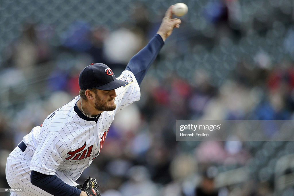 <a gi-track='captionPersonalityLinkClicked' href=/galleries/search?phrase=Glen+Perkins&family=editorial&specificpeople=835845 ng-click='$event.stopPropagation()'>Glen Perkins</a> #15 of the Minnesota Twins delivers a pitch against the Miami Marlins during the ninth inning of the first game of a doubleheader on April 23, 2013 at Target Field in Minneapolis, Minnesota. The Twins defeated the Marlins 4-3.