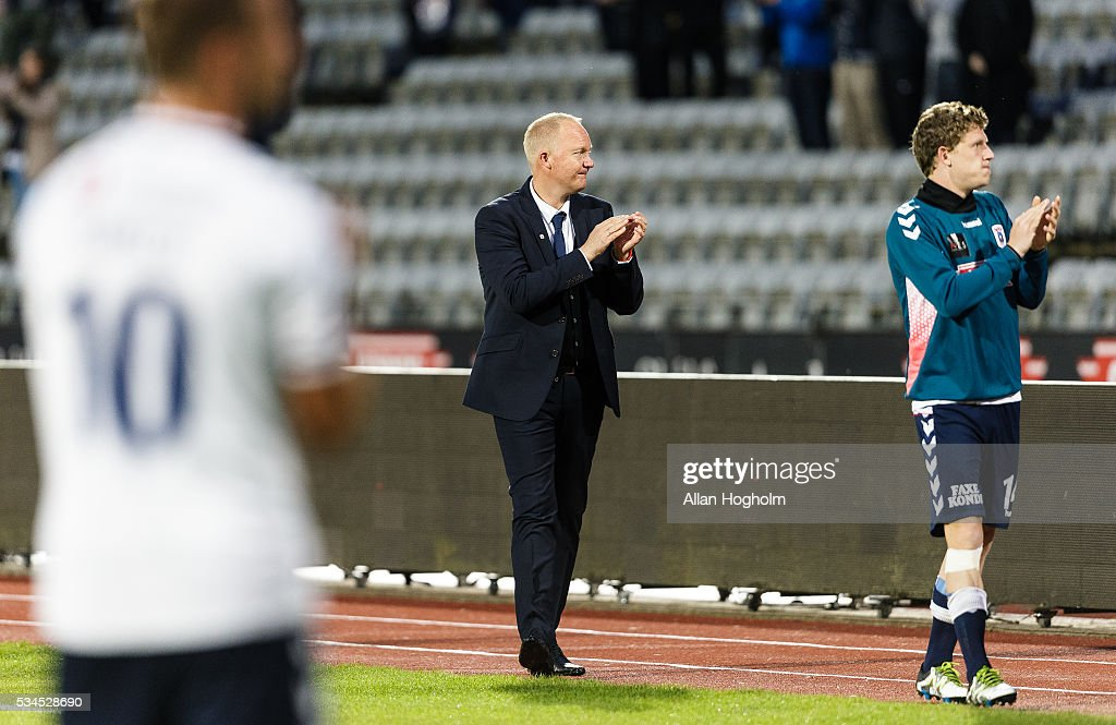 Glen Riddersholm, head coach of AGF celebrate their victory after the Danish Alka Superliga match between AGF Aarhus and OB Odense at Ceres Park on May 26, 2016 in Aarhus, Denmark.