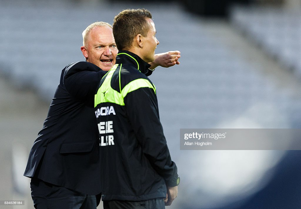 Glen Riddersholm, head coach of AGF in action during the Danish Alka Superliga match between AGF Aarhus and OB Odense at Ceres Park on May 26, 2016 in Aarhus, Denmark.