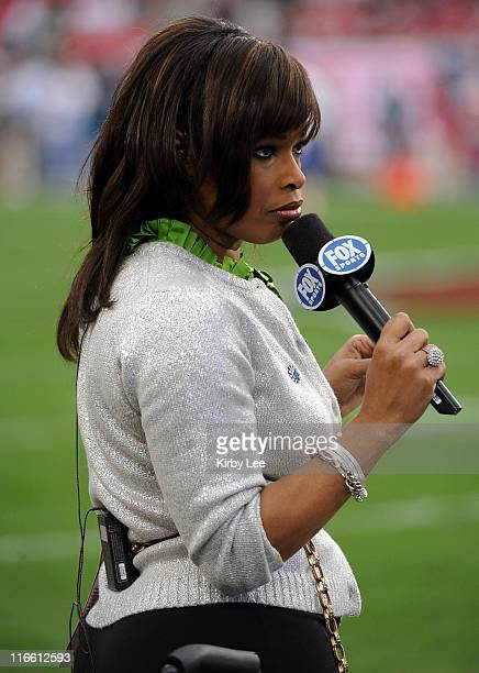 Pam Oliver Stock Photos And Pictures Getty Images