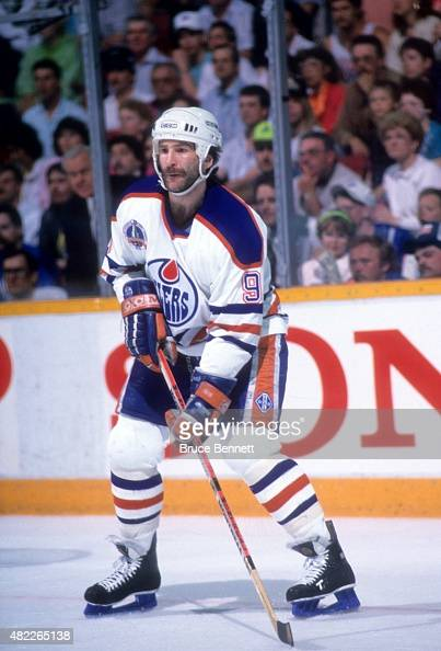 Glenn Anderson of the Edmonton Oilers skates on the ice during a 1990 Stanley Cup Finals game against the Boston Bruins in May 1990 at the Northlands...