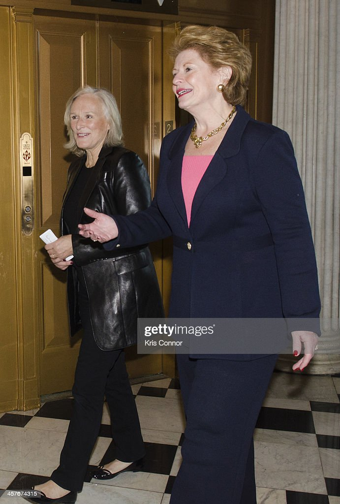 Glenn Close and Debbie Stabenow attend a press conference advocating for the passing of the Excellence In Mental Health Act on December 18 2013 in...