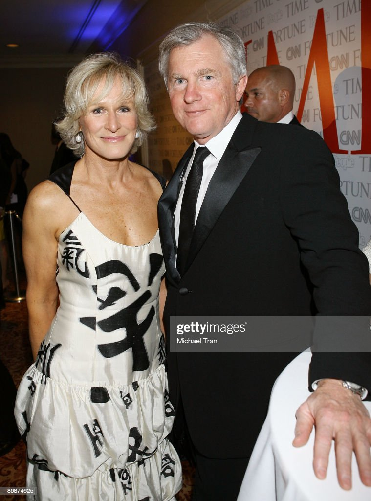 Glenn Close and husband David Shaw attend the PEOPLETIMEFORTUNECNN White House Correspondents dinner cocktail party at Hilton Hotel on May 9 2009 in...