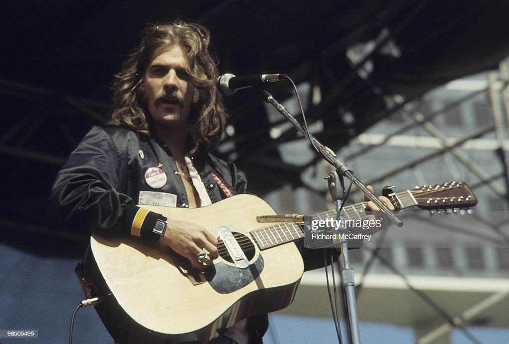 <a gi-track='captionPersonalityLinkClicked' href=/galleries/search?phrase=Glenn+Frey&family=editorial&specificpeople=223995 ng-click='$event.stopPropagation()'>Glenn Frey</a> of The Eagles performs live at The Oakland Coliseum in 1977 in Oakland, California.