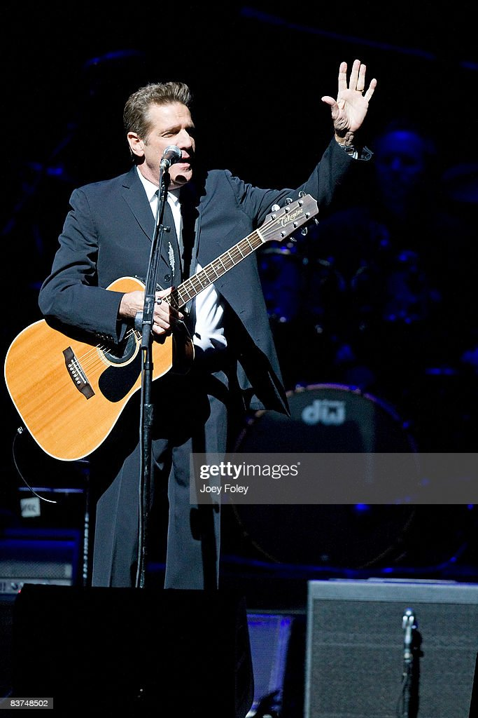<a gi-track='captionPersonalityLinkClicked' href=/galleries/search?phrase=Glenn+Frey&family=editorial&specificpeople=223995 ng-click='$event.stopPropagation()'>Glenn Frey</a> of The Eagles performs live on the Long Road Out Of Eden Tour at U. S. Bank Arena on November 18, 2008 in Cincinnati, Ohio.