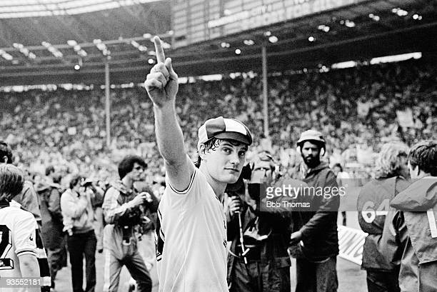 Glenn Hoddle of Tottenham Hotspur waves to the crowd after the Tottenham Hotspur v Manchester City FA Cup Final held at Wembley Stadium London on the...