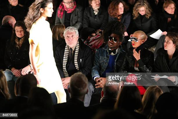 Glenn O'Brien Kayne West and Amber Rose attend the Narciso Rodriguez Fall 2009 fashion show during MercedesBenz Fashion Week in the Tent at Bryant...