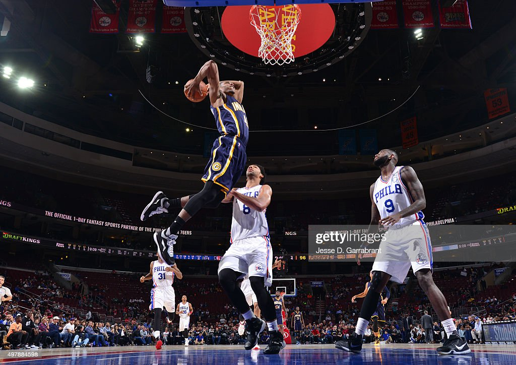 <a gi-track='captionPersonalityLinkClicked' href=/galleries/search?phrase=Glenn+Robinson+III&family=editorial&specificpeople=9920511 ng-click='$event.stopPropagation()'>Glenn Robinson III</a> #40 of the Indiana Pacers goes up for the dunk against the Philadelphia 76ers at Wells Fargo Center on November 18, 2015 in Philadelphia, Pennsylvania