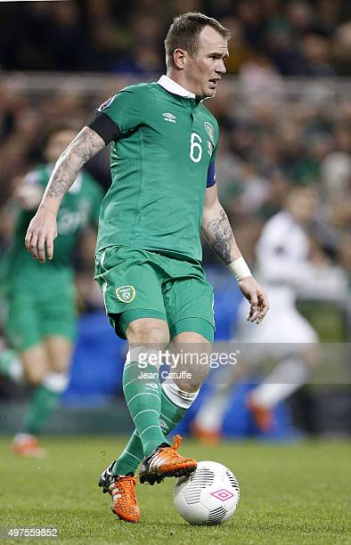 Glenn Whelan of Ireland in action during the UEFA EURO 2016 qualifier playoff second leg match between Republic of Ireland and Bosnia and Herzegovina...