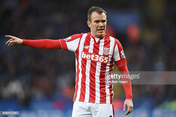 Glenn Whelan of Stoke City gestures during the Barclays Premier League match between Leicester City and Stoke City at The King Power Stadium on...