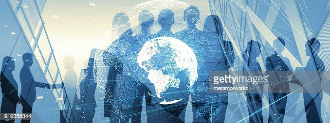 Global business concept. Silhouette of business people. : Foto stock