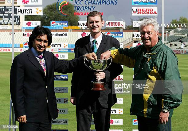 Global development manager Matthew Kennedy with Ramiz Raja and Bob Woolmer make the draw for the Semi Final of The ICC Intercontinental Cup during...