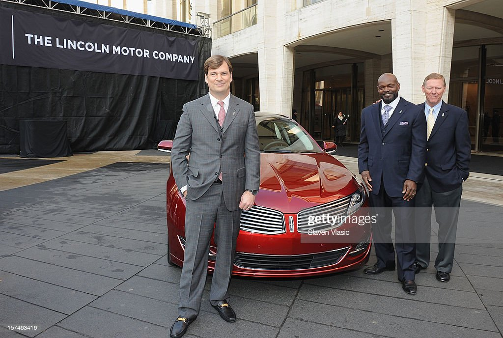 Global Head of Lincoln Motor Company Jim Farley, Lincoln Motor Company Ambassador <a gi-track='captionPersonalityLinkClicked' href=/galleries/search?phrase=Emmitt+Smith&family=editorial&specificpeople=201615 ng-click='$event.stopPropagation()'>Emmitt Smith</a> and President and CEO of Ford Motor Company <a gi-track='captionPersonalityLinkClicked' href=/galleries/search?phrase=Alan+Mulally+-+Businessman&family=editorial&specificpeople=226958 ng-click='$event.stopPropagation()'>Alan Mulally</a> attend Ford Lincoln Unveils New Brand Direction Lincoln With <a gi-track='captionPersonalityLinkClicked' href=/galleries/search?phrase=Emmitt+Smith&family=editorial&specificpeople=201615 ng-click='$event.stopPropagation()'>Emmitt Smith</a> at Lincoln Center on December 3, 2012 in New York City.