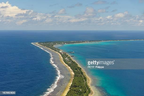 Islands Tuvalu Soon Sunken Le réchauffement climatique entraîne la montée des océans Les îles Tuvalu seront le premier Etat englouti Vue aérienne...
